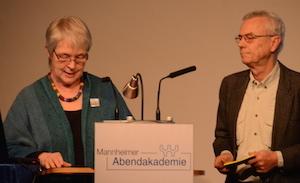 Barbara Ritter und Veit Lennartz beim Vortrag
