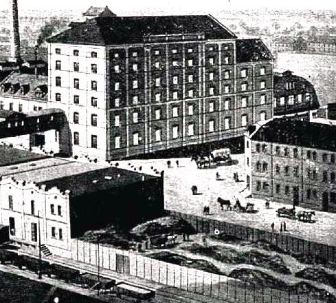 1909: Nr.25 noch unbebaut als Holzlager genutzt (aus Führer durch den Mannheimer Hafen 1909)