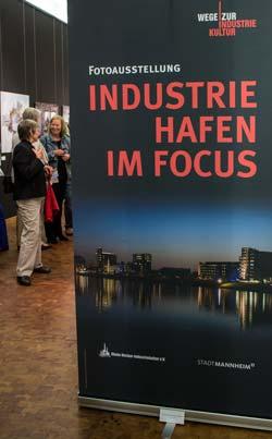 Rollup: Industriehafen im Focus