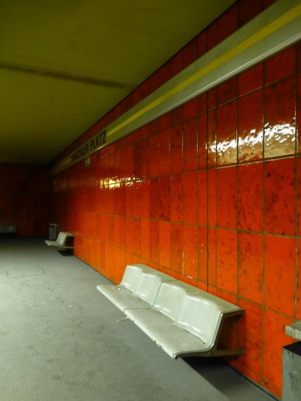 nicht benutzt: U-Bahn-Station Danziger Platz