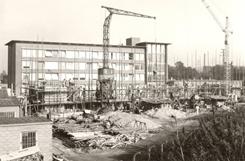 Neues Verwaltungsgebäude zweiter Bauabschnitt 1957 (Stadtarchiv Kaiserslautern)