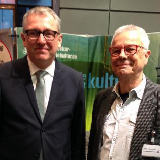 Vorstandsmitglied Veit Lennarz im Gespräch mit OB Dr. Peter Kurz